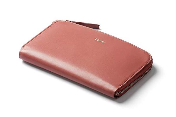 Best Value: Bellroy Women's Leather Credit Card Wallet