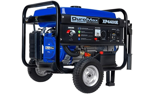 DuroMax Electric Start XP4400E 7-Hp Gas Generator